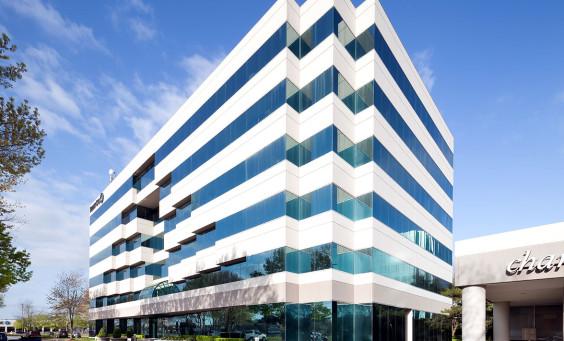 One Corporate Plaza
